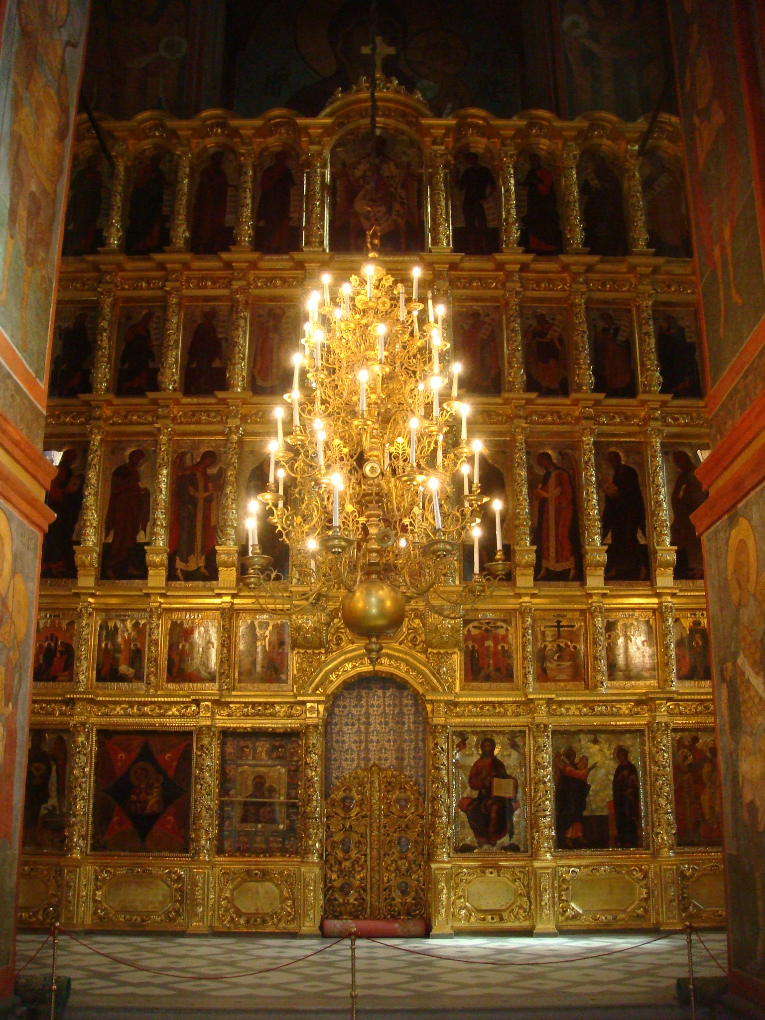 Iconostasis Smolensk cathedral