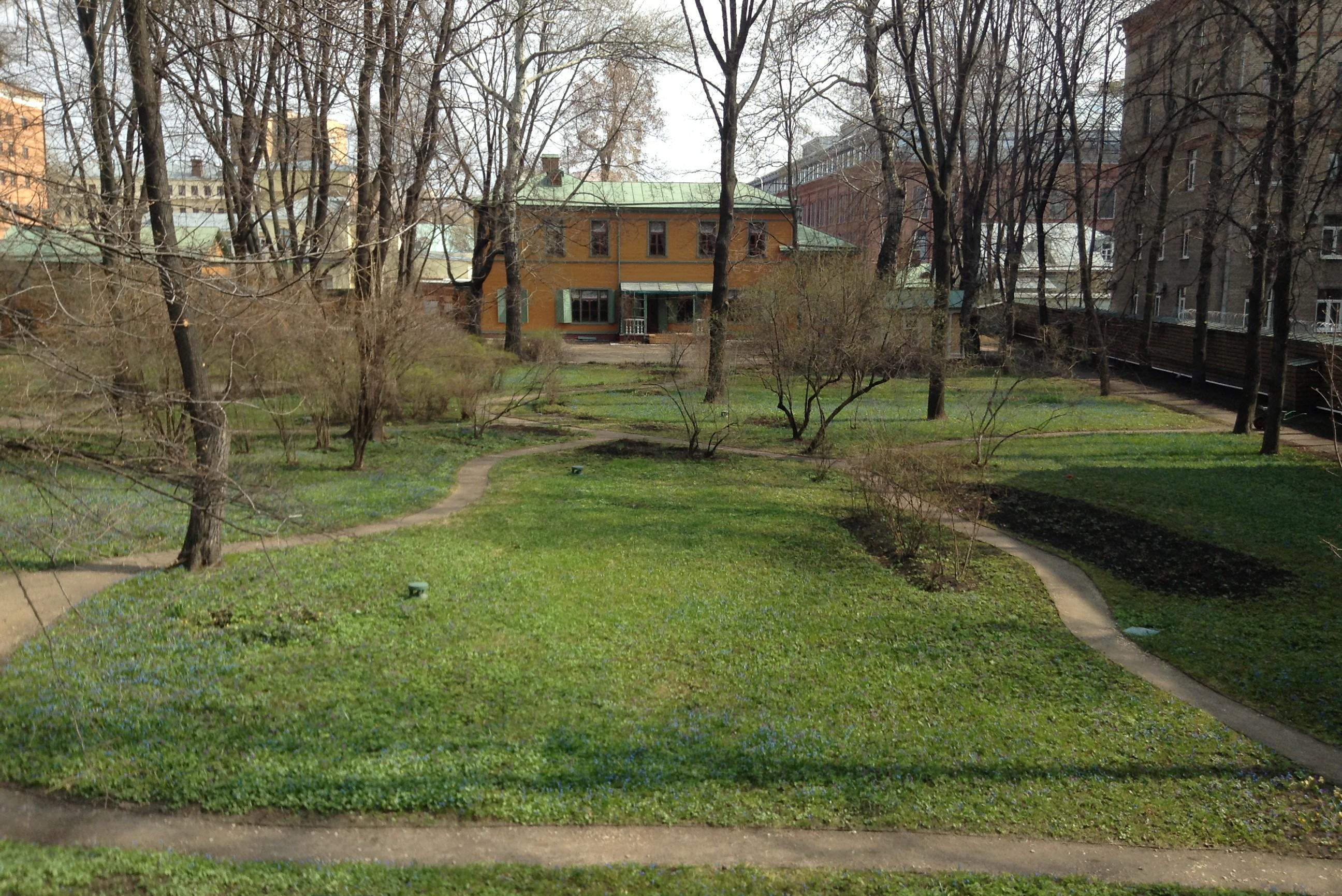 L. Tolstoy's house
